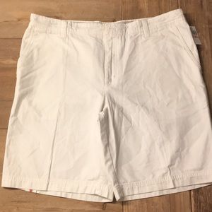 Izod White Saltwater Cotton Shorts. NWT.